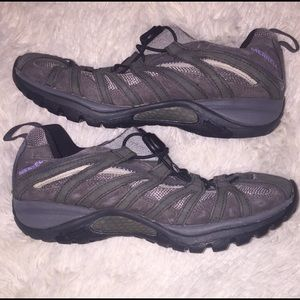 Merrell Hiking Shoes - Size 9 BUT fit like 8.5!